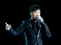 如何请明星办一场个人演唱会_郑州明星演出公司